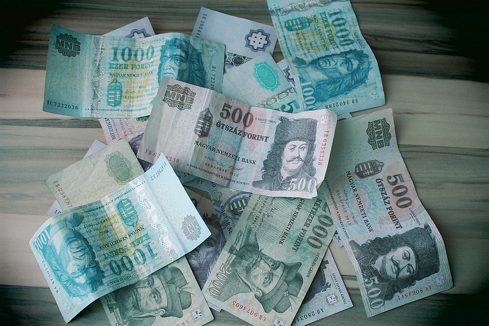 forinty bankovky